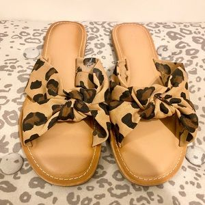 OLD NAVY CHEETAH SANDALS